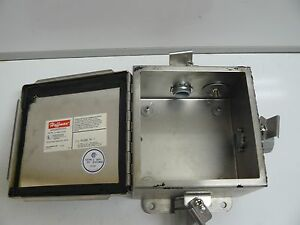 Hoffman A 606chnfss Electrical Enclosure J Box Type 4x Hinged Cover