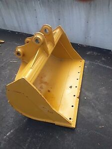 New 48 Caterpillar 308ecr Ditch Cleaning Bucket With Bolt On Edge