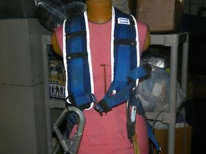 North Rite on 2 Safety climbing Harness With Titan Shock Absorbing Lanyard L xl