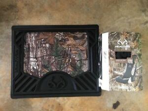 Realtree Utility Mat And Lowback Seat Cover