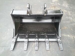 New 30 Excavator Bucket For A John Deere 110tlb Zts With Zts Coupler