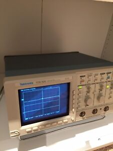 Tektronix Tds 520 Digital Oscilloscope