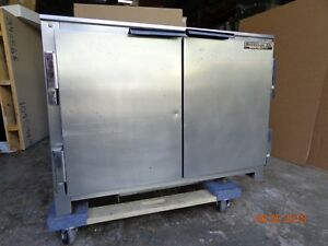 Beverage air Ucr34 34 Under Counter Refrigerator