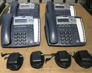At t Model 945 4 line Business Telephone System Perfect Working Condition Phones