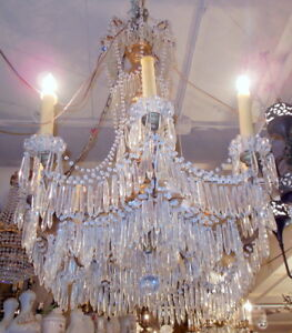 Superb Antique Italian 40 Gilt Wood Prisms Chandelier Light Fixture Villa