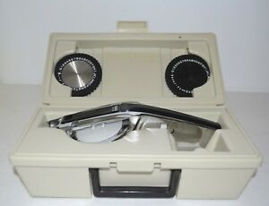 Vintage Chrome Dymo 1550 Deluxe Tapewriter Kit In Case With Two Wheels Bundle