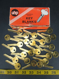 Lot Of 24 Brass Curtis Key Blanks Model No Y149 Chrysler New Old Stock Skuggs