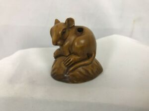 Wood Netsuke Mouse Sitting On A Nut Shell Signed By Artist