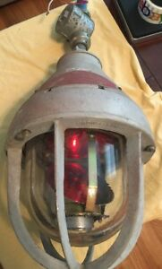 Federal Signal Corporation Model 27x Light Beacon Crouse hinds Used Condition