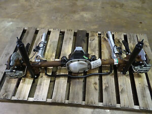 99 00 01 02 03 04 Ford Mustang 8 8 Axle Assembly 3 27 Gear Used Rearend 102