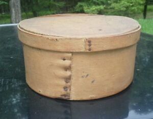 Antique Primitive Painted Wood Round Shaker Pantry Box Bittersweet Paint