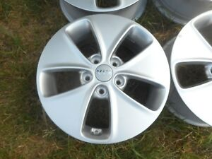 16 Kia Soul Oem Factory Wheels Rim Alloy 14 15 2016 74692