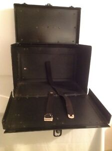 Black Sturdy Salesman Sample Travel Jewelry Locking Display Case With Handle