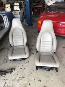 Porsche 911 Carrera Front Power Perpetrated Leather Seat Or Pair 1984 1990