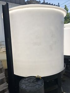 800 Gallon Polypropylene Cone Bottom Tank With Steel Stand