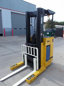 2006 Yale Nr040ae Electric Reach Truck Narrow Aisle Forktruck Forklift Stand Up