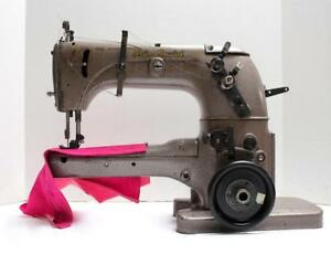 Union Special 31100 L Feed up the arm 3 thread Coverstitch Sewing Machi
