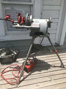 Ridgid 300 T2 Pipe Threader W Stand Carriage Oiler Etc Nice Condition