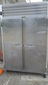 Traulsen G20010 2 Two Solid Door Reach In Refrigerator Commercial Section Cooler