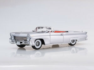 Scale Model 1 18 1958 Lincoln Continental Mkiii Open Convertible silver Gray
