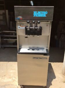 Electrofreeze Soft Serve Pressurized Ice Cream Machine 1 Ph Air 3 Flavor