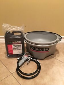 Ridgid 418 Handheld Oiler With 1 Gal Premium Thread Cutting Oil 10883 New