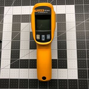 Fluke 62 Max Ir Thermometer Ip 54 3m Drop 30 To 500c Works Great