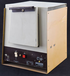 General Signal 51848 Lindberg Bench top Laboratory Lab Box Oven Furnace