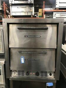 1990 Bakers Pride Counter Top Pizza Oven Model P 44s