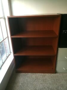 Knoll Reff Book Case Excellent Condition Made In Canada Deep Shelves