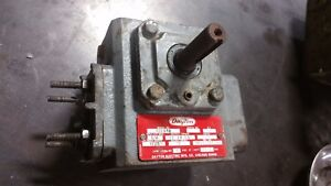 Dayton 4z284b C Face Speed Reducer 60 1 Right Hand Gear Gearbox Transmission