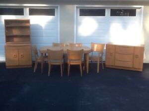 Vintage 1950 S Mid Century Haywood Wakefield Table Chairs Stingray Hutch Buffet
