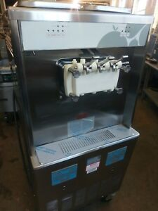 Taylor Y754 33 Twin Twist Soft Serve Ice Cream Machine Water Cool 208 230 3ph