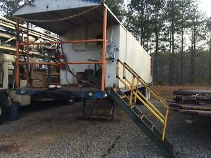 24 Oil Field Drillers 5th Wheel House