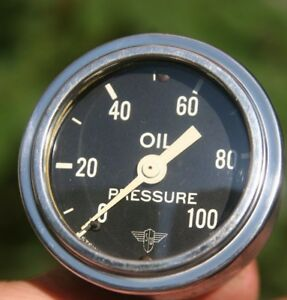 Vintage Stewart Warner Wing Wings Oil Pressure Gauge Scripted Curved Glass