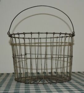 Antique Rustic Farmhouse Small Wire Egg Basket Great Size