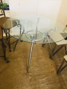 Glass Dinning Table Very Good Condition