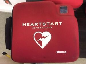 Philips Heartstart Fr2 In Case W New Adult Pads And Batteries