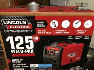 Lincoln Electric 125 Amp Weld pak 125 Hd Flux cored Welder Brand New