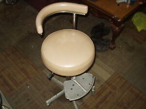 Vintage Den tal ez Tall Dental Rolling Comfort Chair 39 sliding Foot Rest 6ms