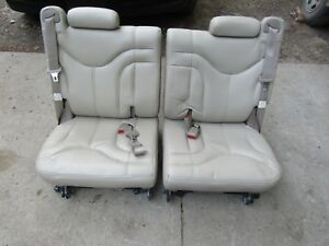 00 06 Chevy Tahoe Gmc Tan Cream Color 3rd Row Split Bench Leather Seats