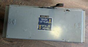 Square D Qmb 324 Fusible Disconnect Panelboard Switch 240 Vac 200 Amp Series D