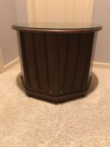 Mid Century Modern Round End Table With Brasilla Detailing May Ship