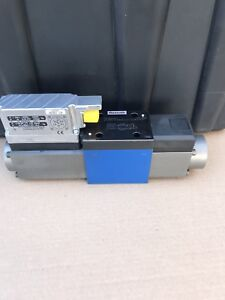 0811404039 Bosch Rexroth Hydraulic Proportional Directional Control Valve New