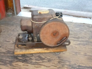 Vintage Antique Ihc Farmall Engine 1 5 2 5 Hp Model Lb