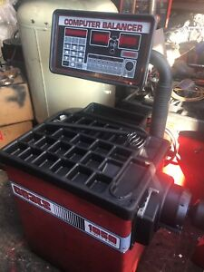 Used Coats 1050 Computer Wheel Balancer Single Phase 230 Volt