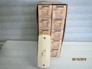Leviton 5231 10 amps 125 volts single pole toggle switch ivory new Lot Of 10