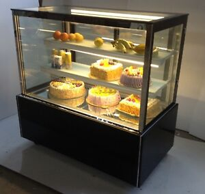 Floor Type Refrigerated Cake Showcase Commercial Bakery Display Cabinet Case 220