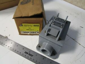 Allen Bradley 800s 1sb4 Start Switch Push Button Momentary Manual