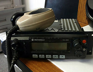 Motorola Xtl 2500 Two Way Radio 700 800 Mhz M21urm9pw2an p25 Digital W Mic
